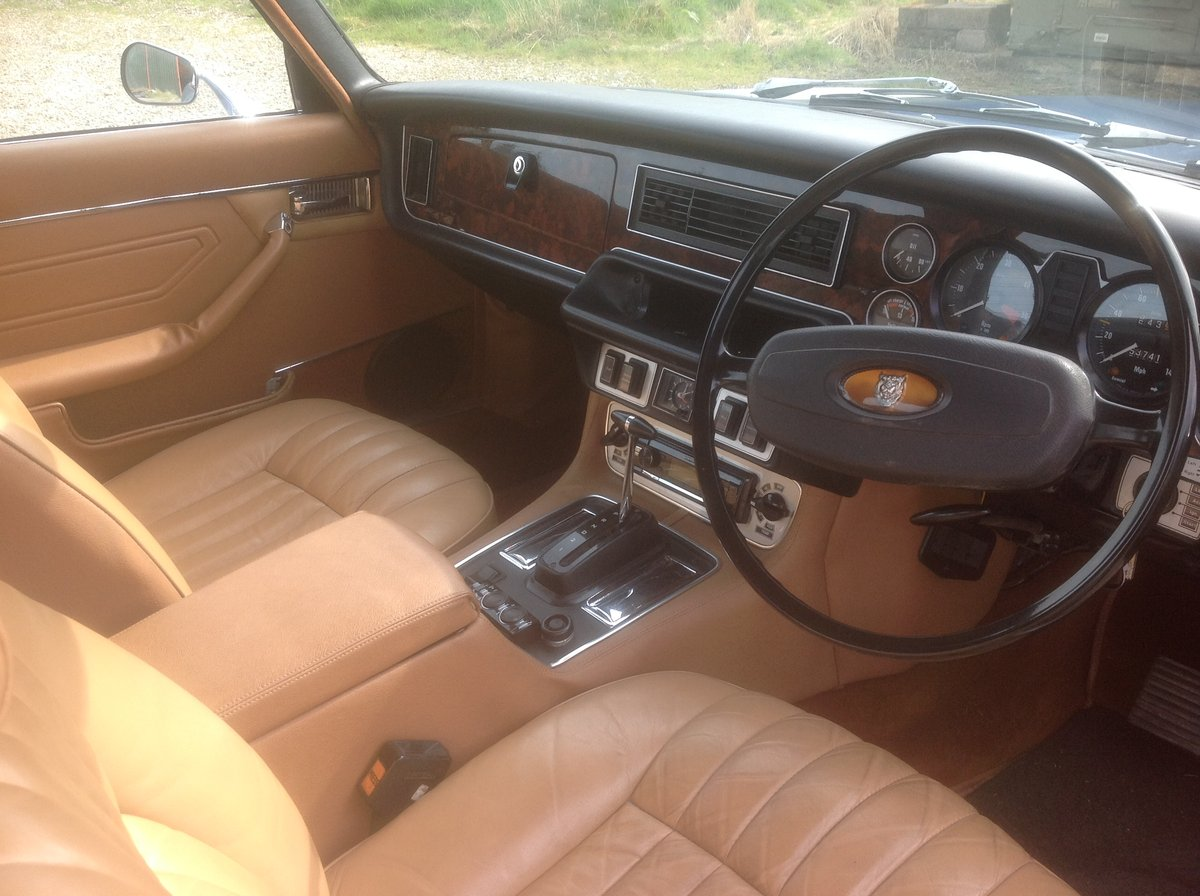 1977 Rebuilt XJ6 Coupe , XJC For Sale (picture 5 of 6)