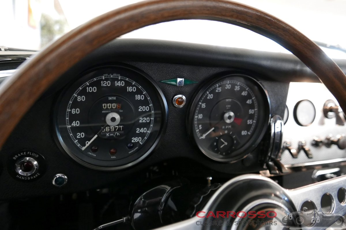 1963 Jaguar E-type Series 1 3.8 Coupé with Matching numbers For Sale (picture 5 of 6)