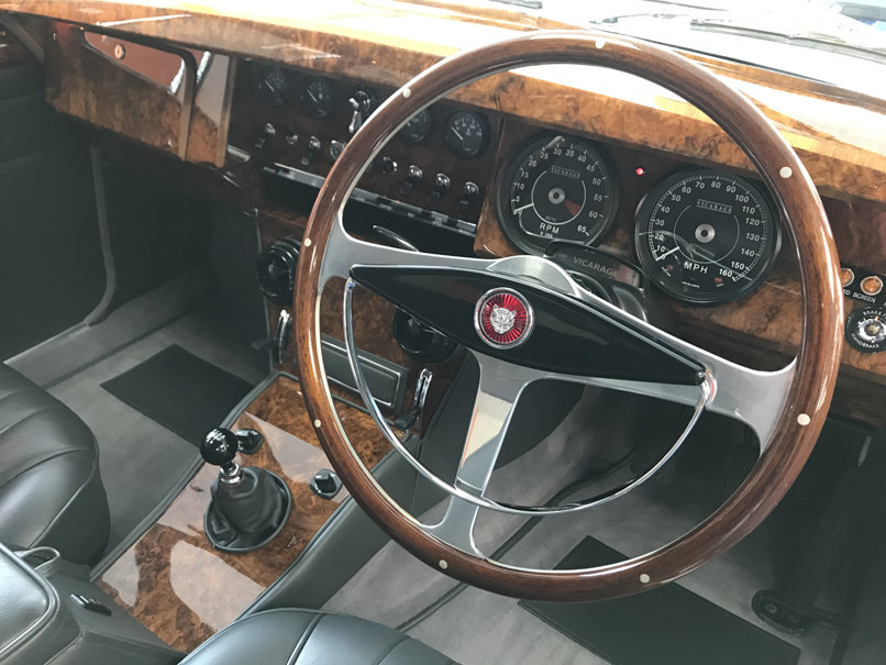 1961 JAGUAR Mk2 4.2 VICARAGE (Just 8,000 miles since restoration) For Sale (picture 5 of 6)