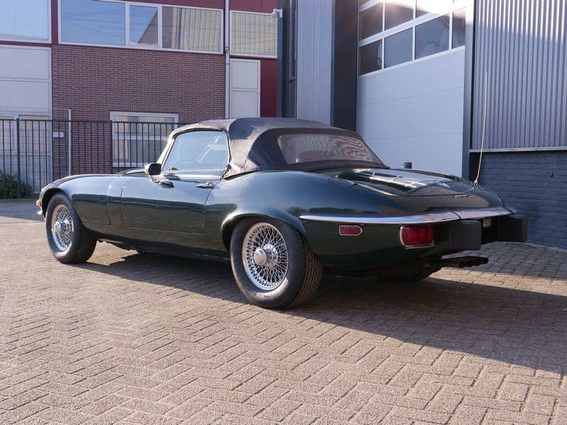 1974 Jaguar E-Type V12 Convertible Series 3 manual gearbox For Sale (picture 2 of 6)