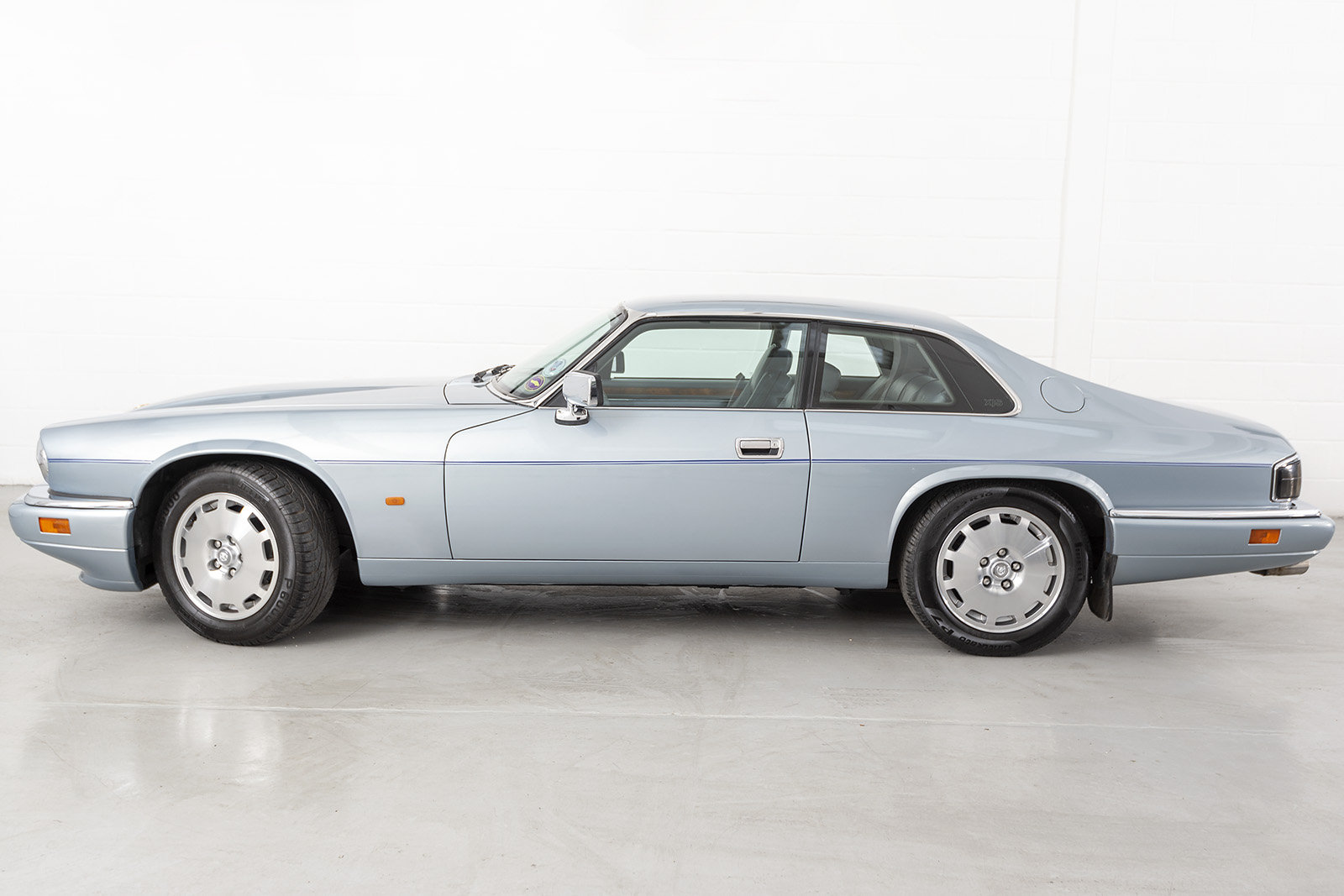 1995 1996 JAGUAR XJ-S XJS 4.0 CELEBRATION AUTO COUPE For Sale (picture 3 of 6)