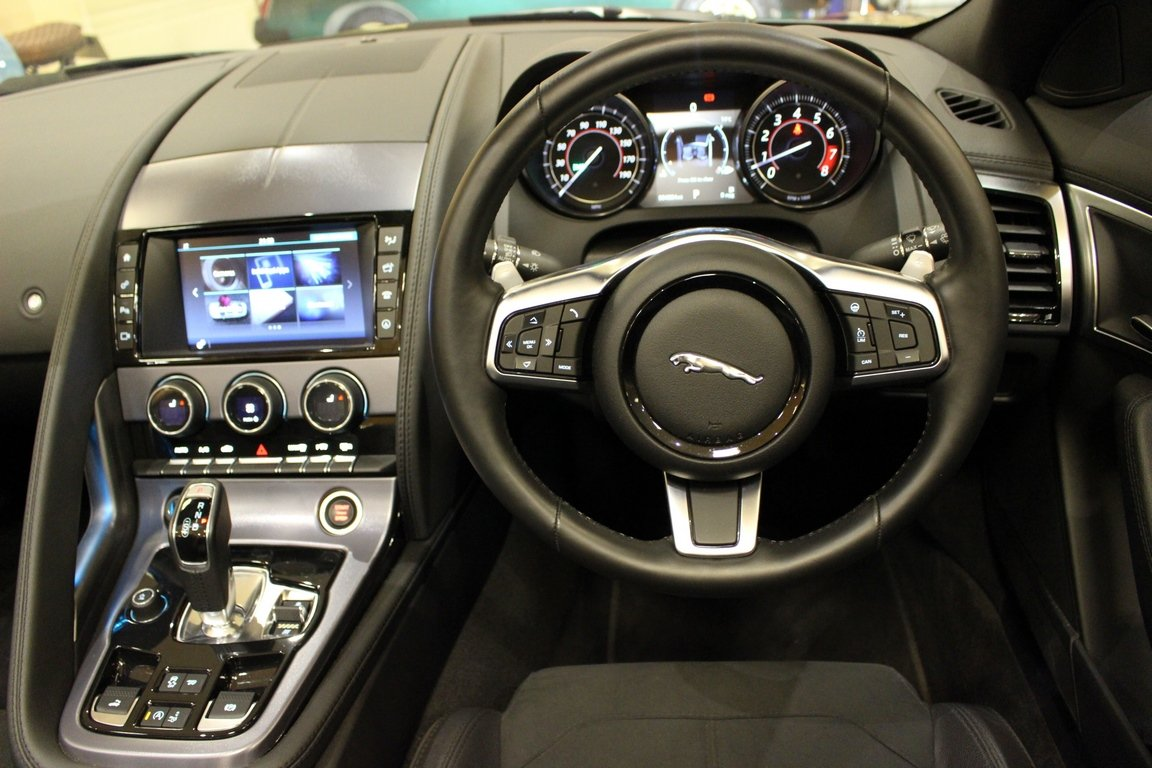 2018 Jaguar F-Type 3.0 Litre V6 340PS Supercharged Convertible  For Sale (picture 6 of 6)