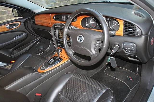 2008 Jaguar XJR X358 (Only 51,000 Miles) For Sale (picture 4 of 6)