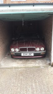 1988 DIY project Jaguar XJ40 in lock up 7 years now up for sale