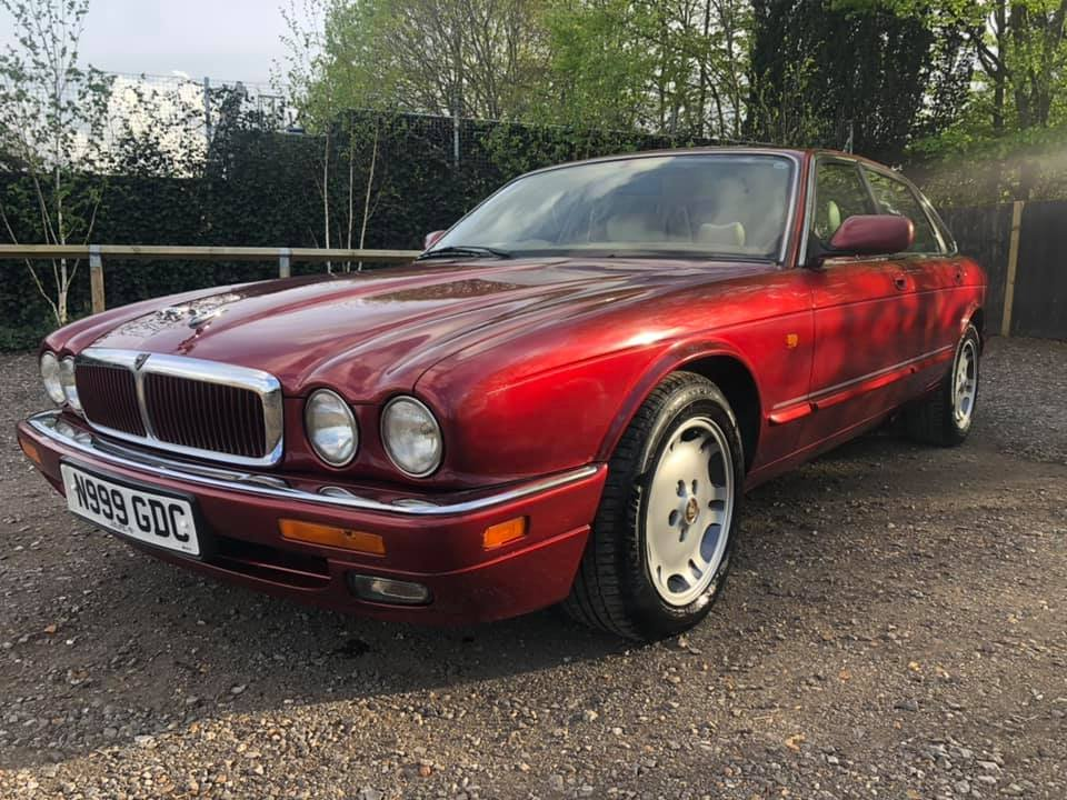 1996 Jaguar XJ6 3.2 1995 81k FSH and drives to perfection For Sale (picture 1 of 6)
