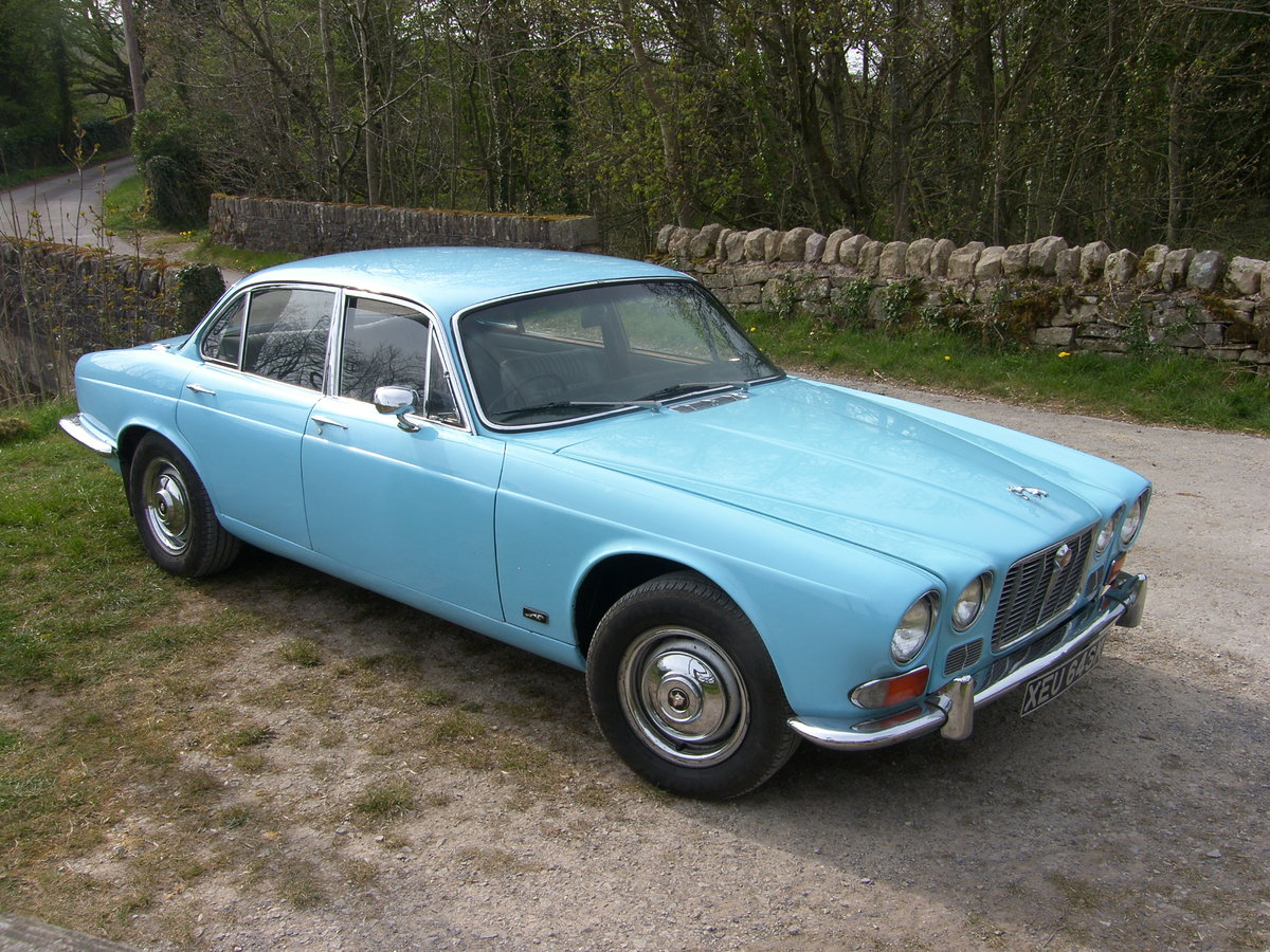 1972 XJ6 Series 1 SWB 4.2  SOLD (picture 2 of 5)