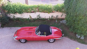 Series 1 E-type Jaguar OTS Convertible 1967 in Red