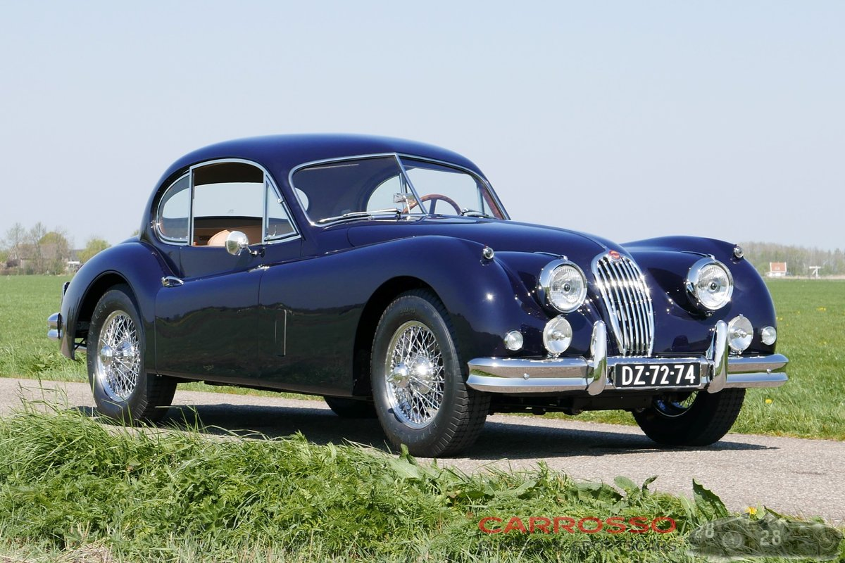 1956 Jaguar XK140 FHC Completely restored with matching numbers ! For Sale (picture 1 of 6)
