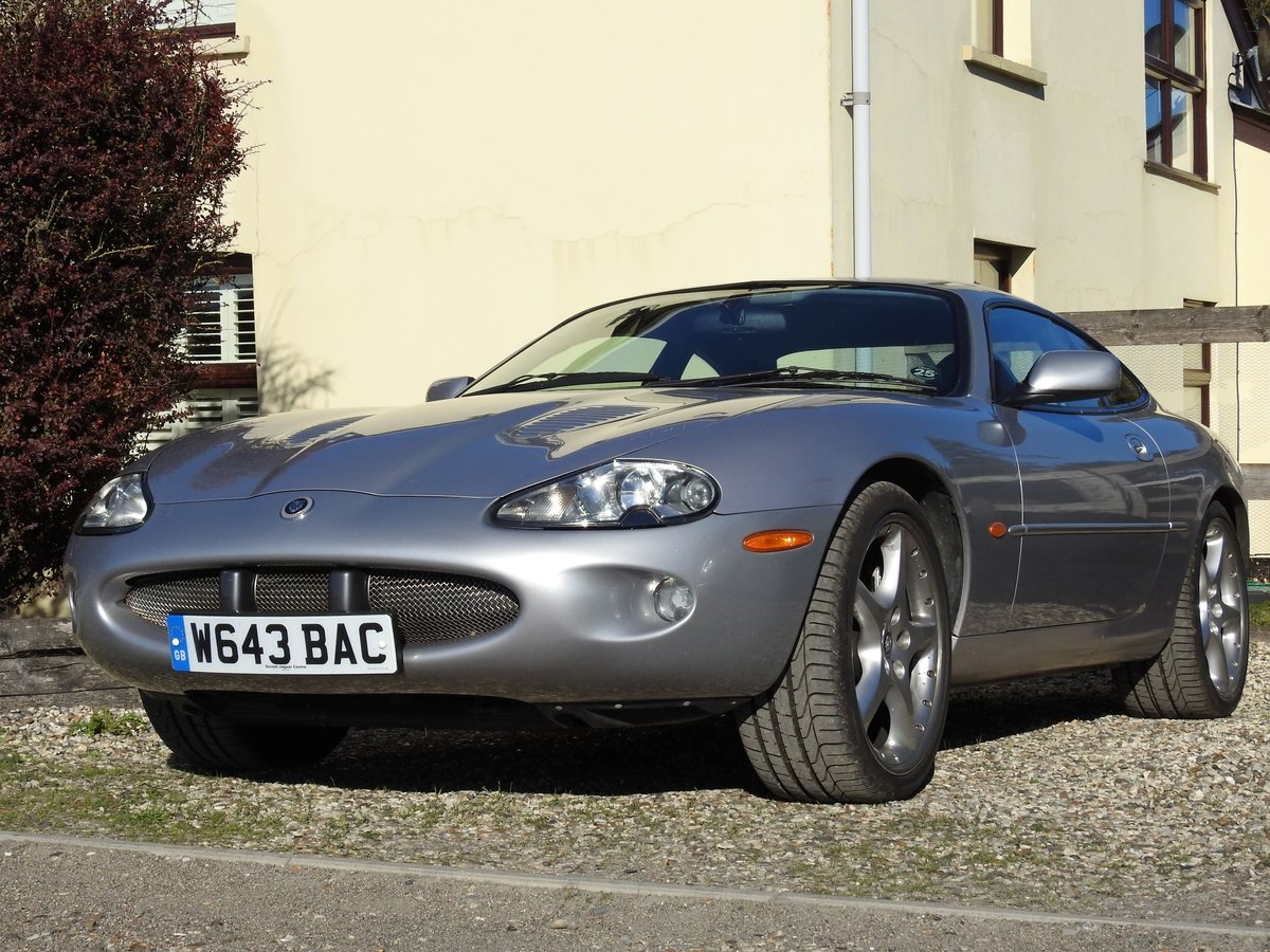 2000 Jaguar Racing Team's car, the first Silverstone For Sale (picture 1 of 6)