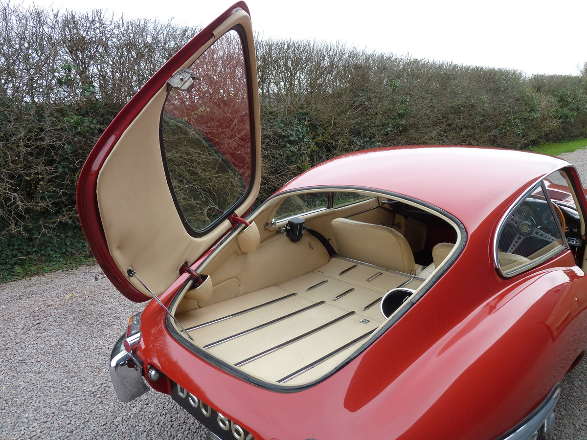 1966 S1 E Type 4.2 FHC For Sale (picture 5 of 6)
