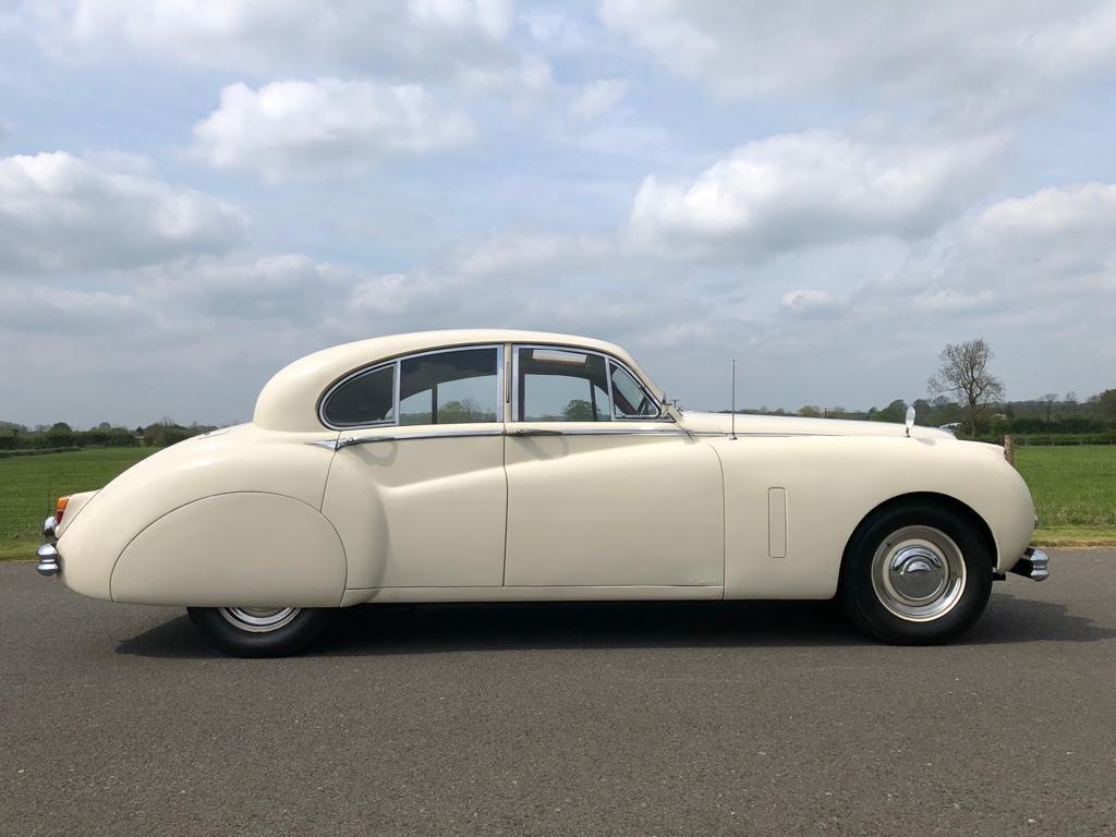 1953 Jaguar MK VII 3.4 Manual For Sale (picture 3 of 6)
