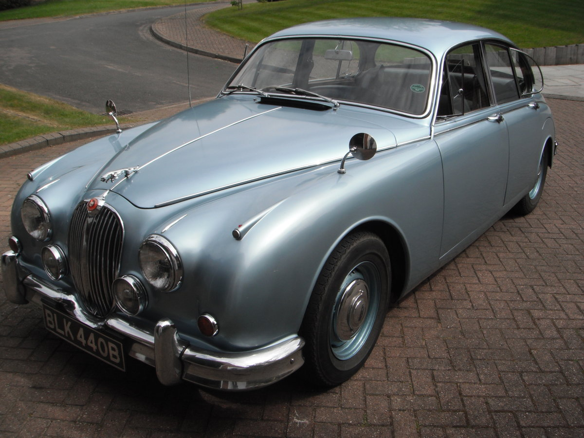 Jaguar Mark 2 – 3.4 manual o/d. 1964. SOLD (picture 1 of 6)