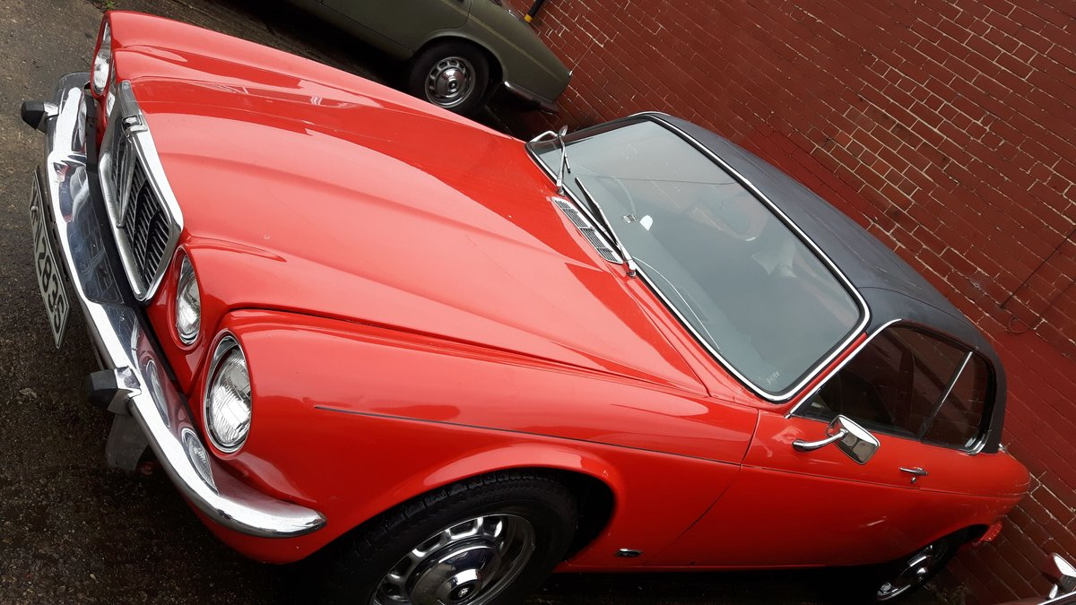 1976 Jaguar XJC 4.2 Coupe (Fully Restored) SOLD (picture 2 of 3)