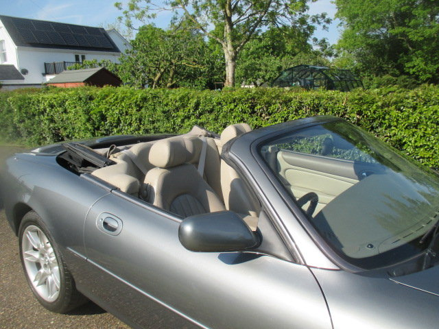 2002 Quartz Grey XK8 Convertible very low mileage superb conditio For Sale (picture 4 of 6)
