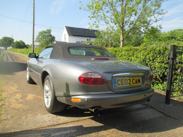 2002 Quartz Grey XK8 Convertible very low mileage superb conditio For Sale (picture 5 of 6)