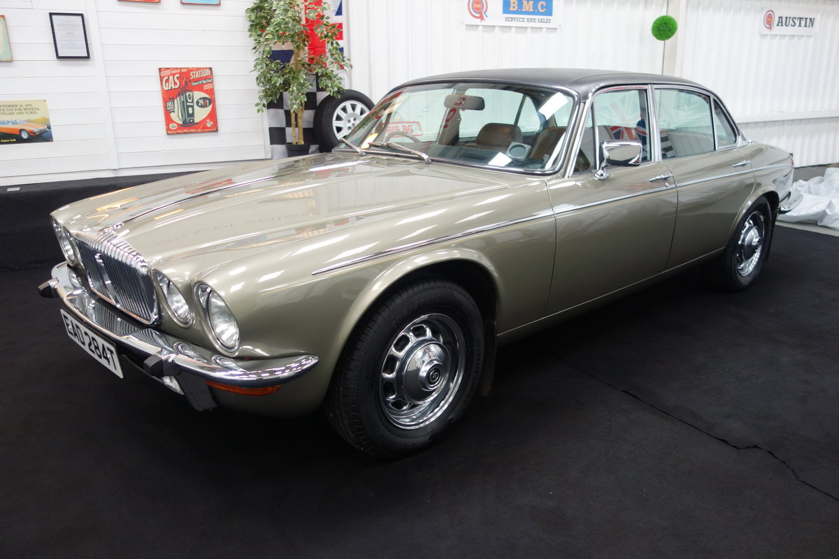 1979 Daimler Double Six VDP 40000 miles. Beautiful cond' SOLD (picture 1 of 6)