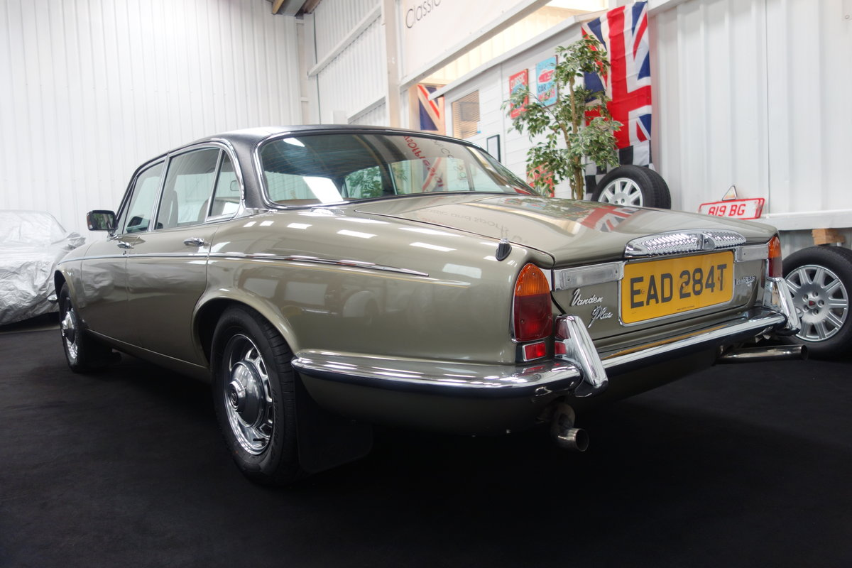 1979 Daimler Double Six VDP 40000 miles. Beautiful cond' SOLD (picture 3 of 6)