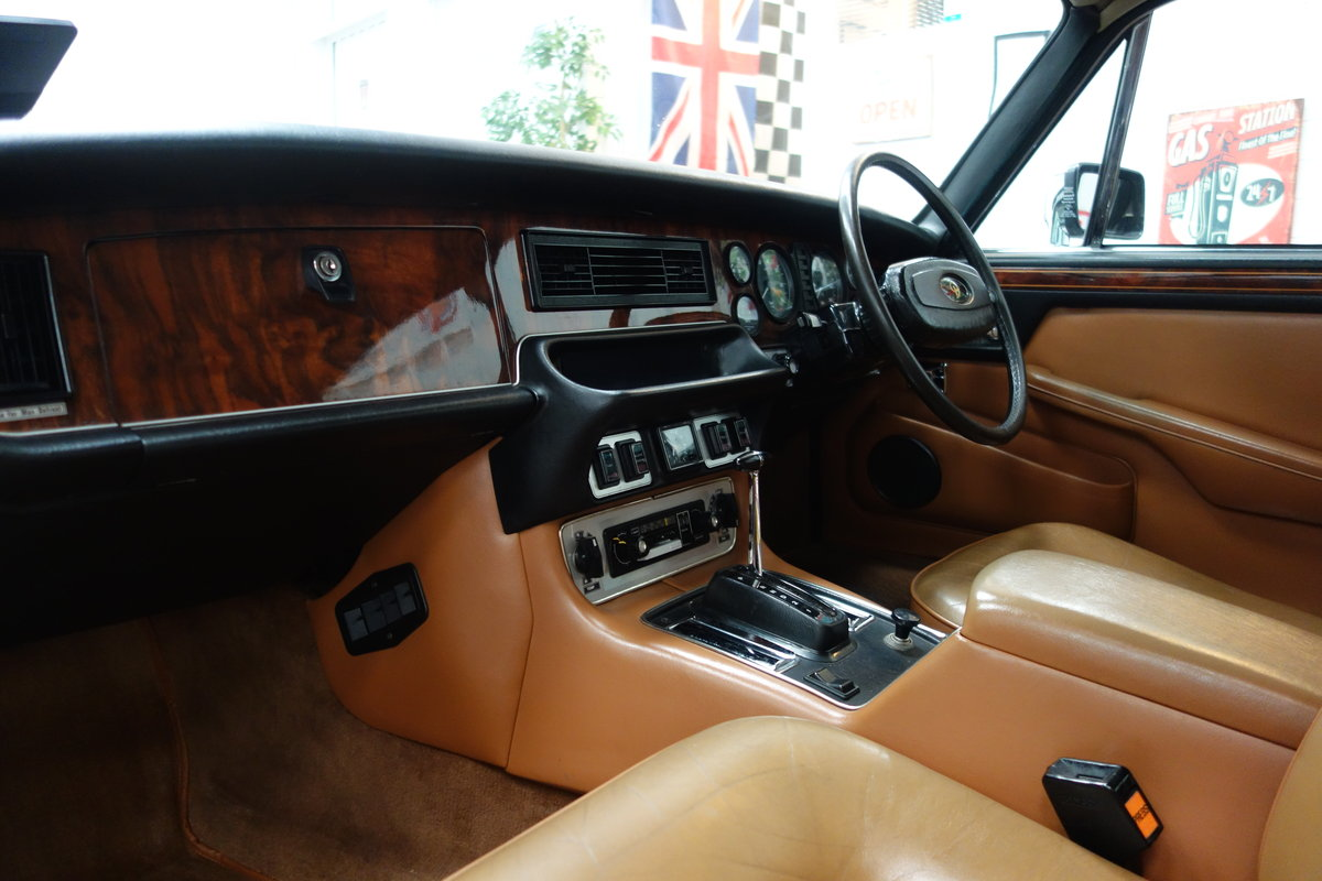 1979 Daimler Double Six VDP 40000 miles. Beautiful cond' SOLD (picture 5 of 6)
