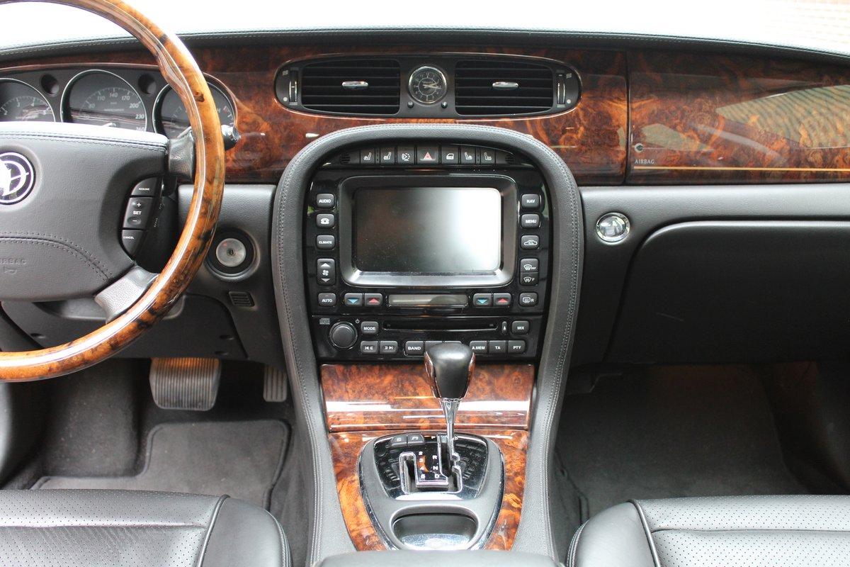 2008 Jaguar XJ  € 37.500,-- SOLD (picture 4 of 6)