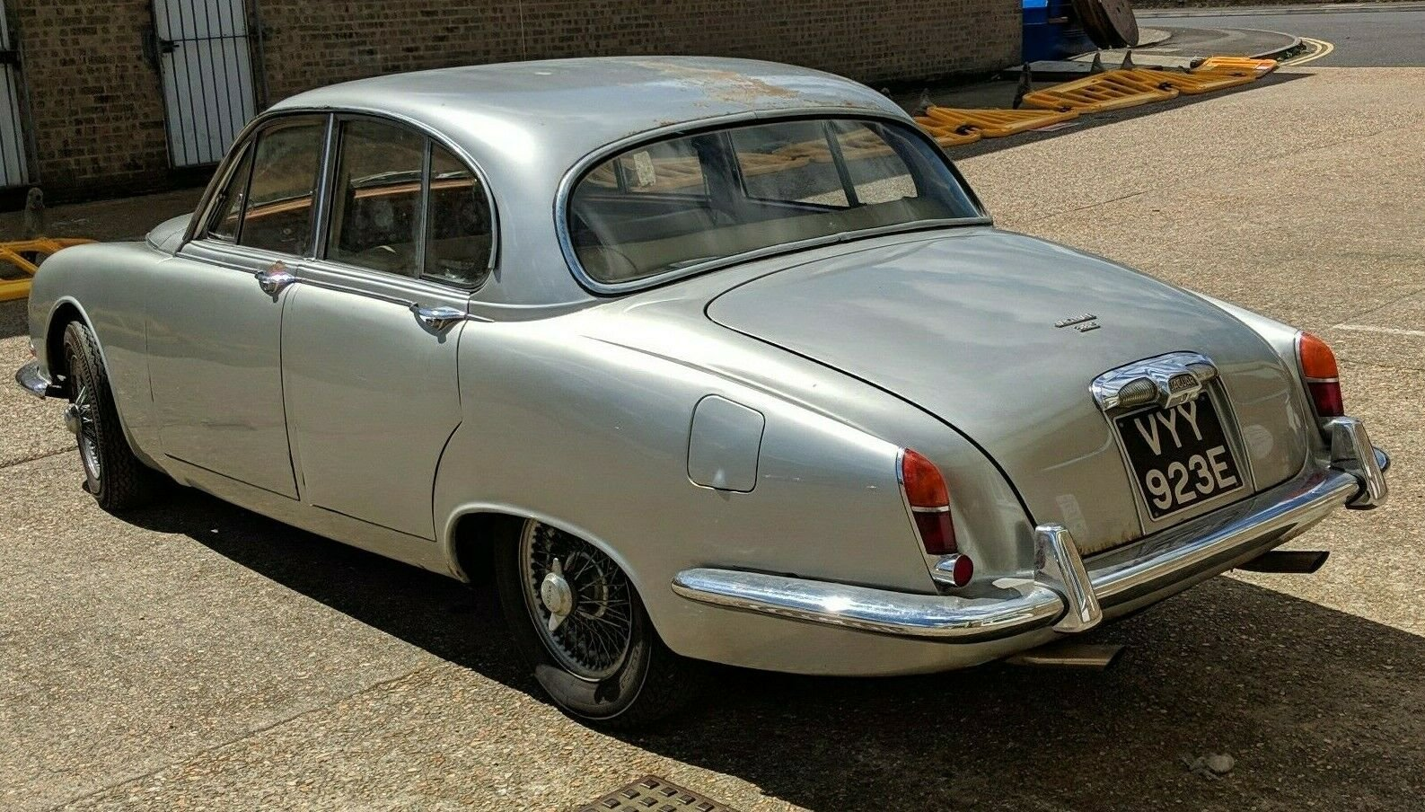 1966 Jaguar S-Type 3.8 Manual Right-Hand Drive For Sale (picture 2 of 6)
