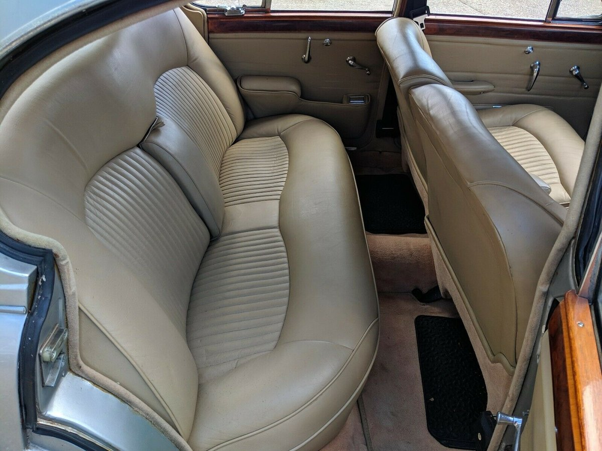 1966 Jaguar S-Type 3.8 Manual Right-Hand Drive For Sale (picture 5 of 6)