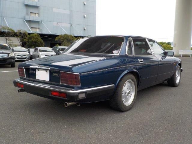 Jaguar 4.0 Sovereign XJ40 05/1994 Sapphire Blue  For Sale (picture 2 of 6)