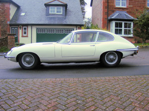 1969 Unrestored, usable E Type Grand Tourer For Sale