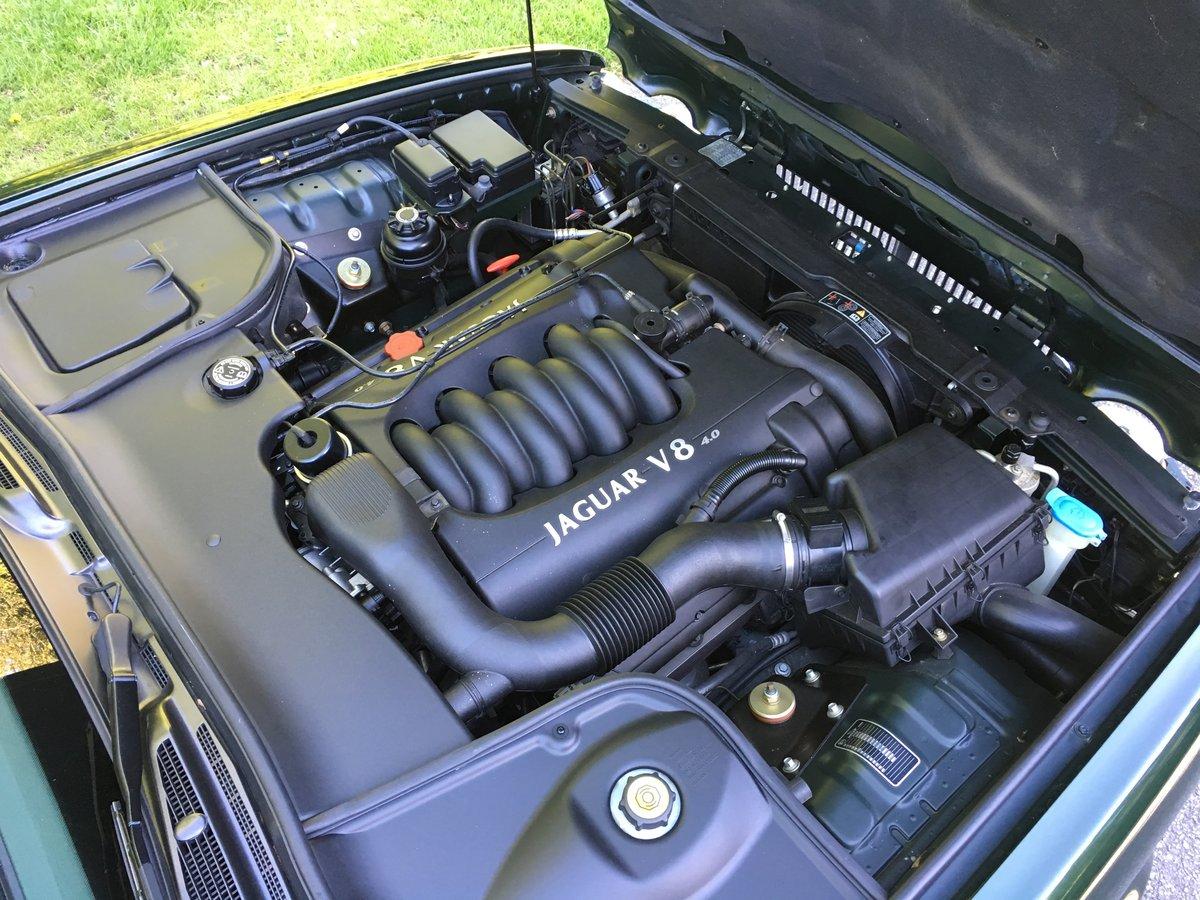 1998 Jaguar XJ8 4.0 V8 Sovereign Automatic LWB - 16,150 miles For Sale (picture 6 of 6)