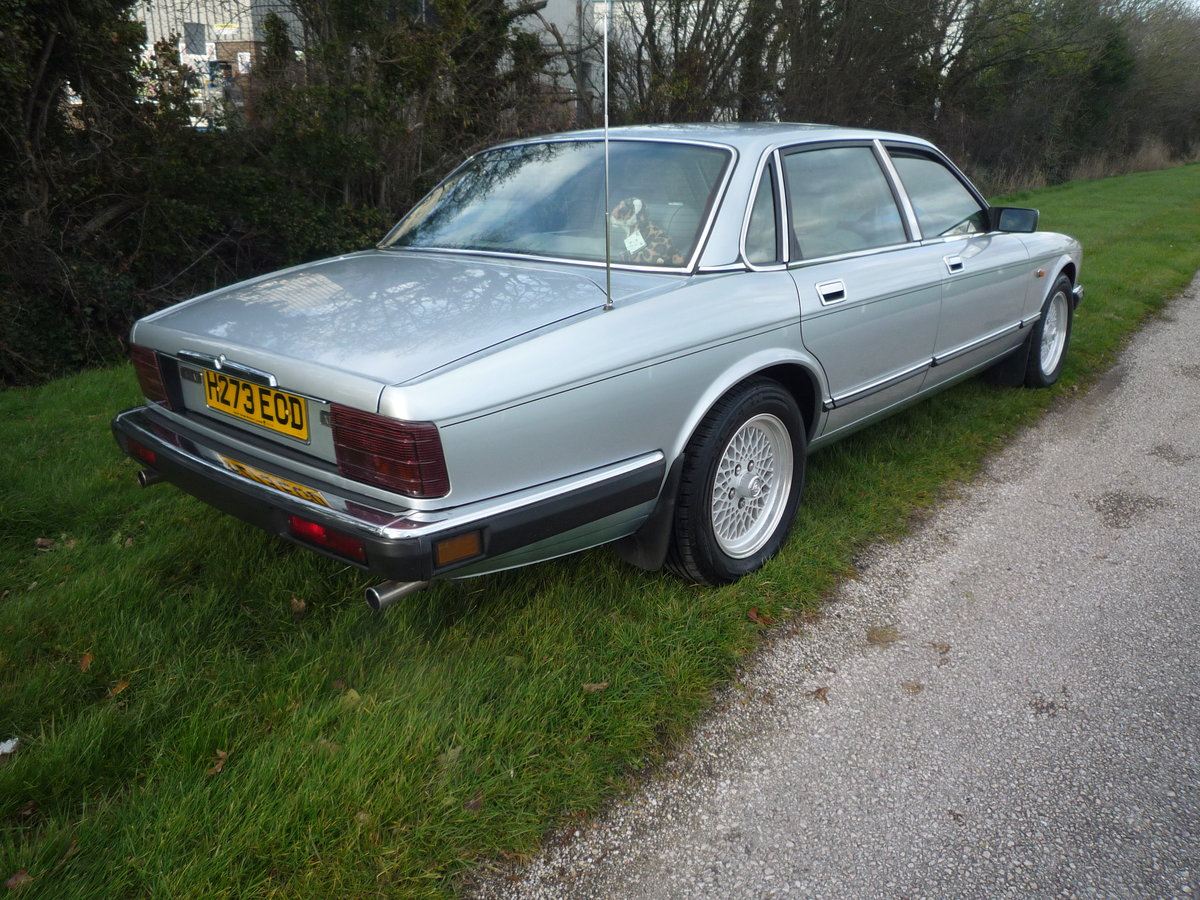 1991 Jaguar XJ6 3.2 Beautiful condition low miles For Sale (picture 3 of 6)