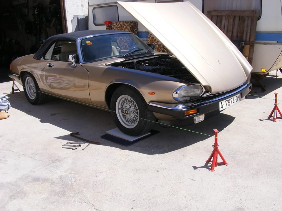 1988 XJS V12 convertible LHD gold For Sale (picture 4 of 6)