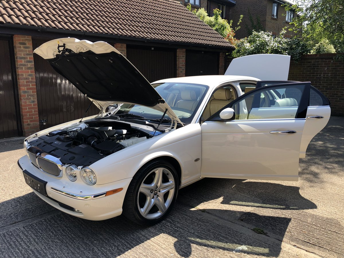 2007 Jaguar Sovereign SWB 4.2 with only 45k miles 100 pics online For Sale (picture 6 of 6)