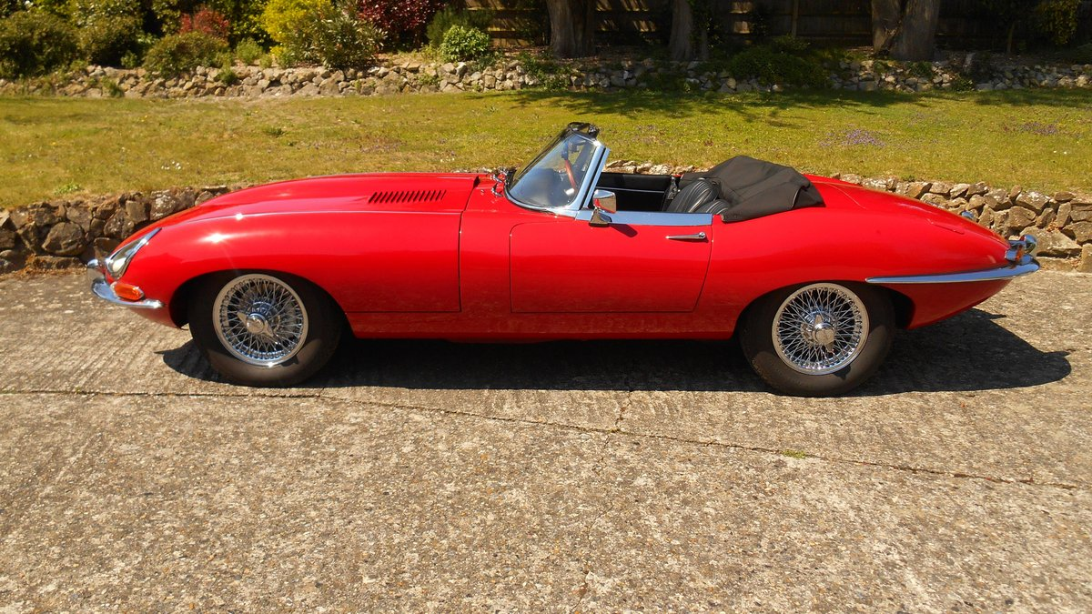 Series 1 E-type Jaguar OTS Convertible 1967 in Red For Sale (picture 1 of 6)