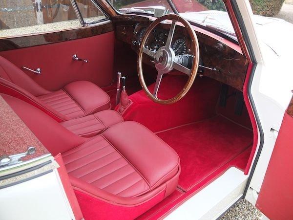1952 JAGUAR XK120 SOLD (picture 3 of 6)