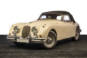 1960 Jaguar XK150S Drophead Coupe For Sale