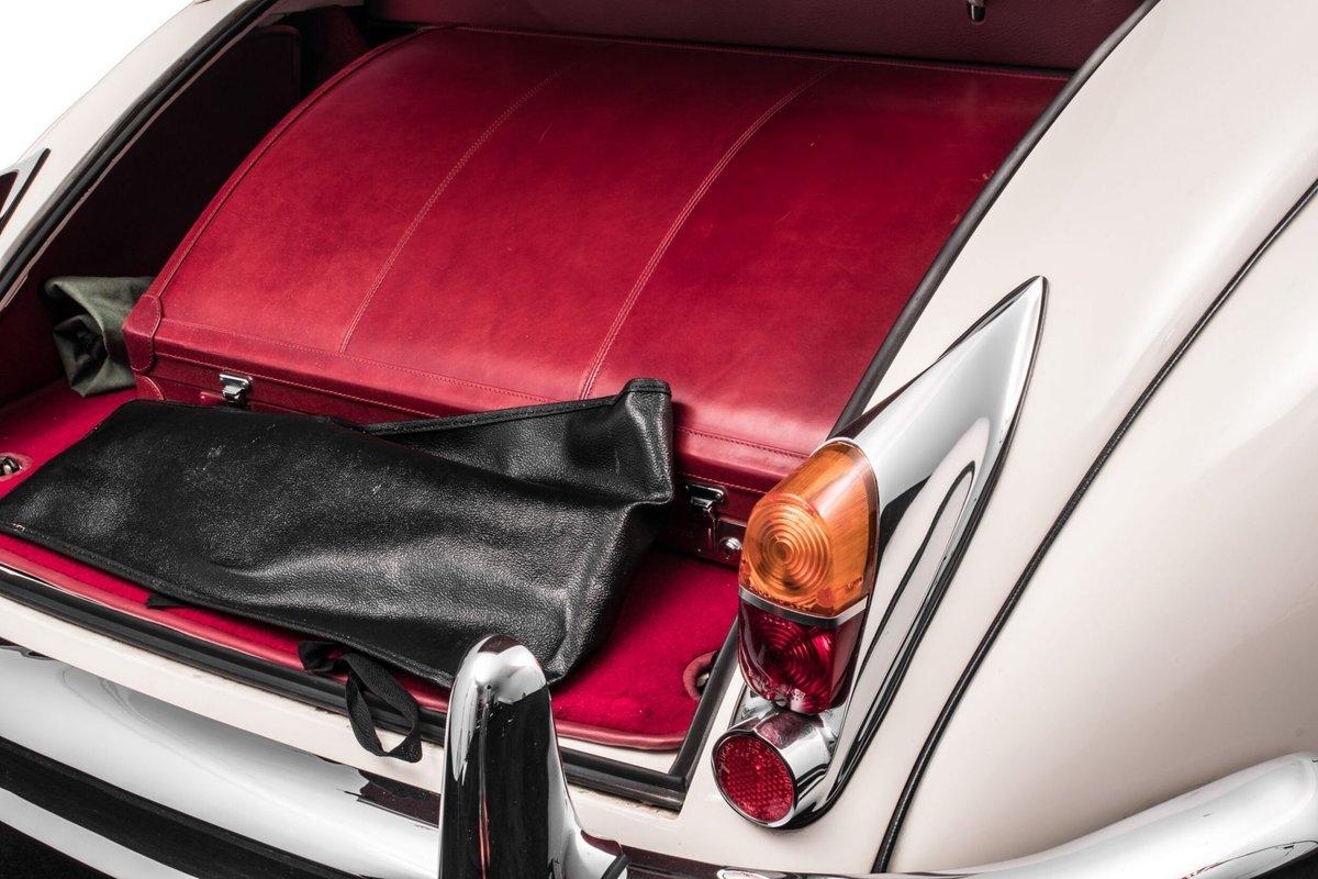 1960 Jaguar XK150S Drophead Coupe For Sale (picture 4 of 6)