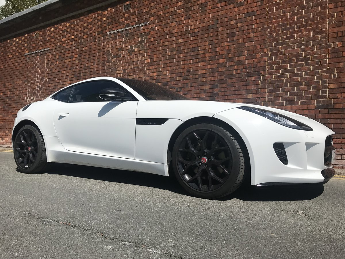 2015 Jaguar F Type V6 - one owner and exacting condition  For Sale (picture 2 of 6)