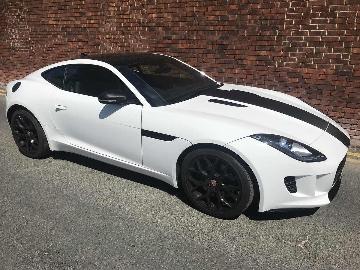2015 Jaguar F Type V6 - one owner and exacting condition  For Sale (picture 3 of 6)