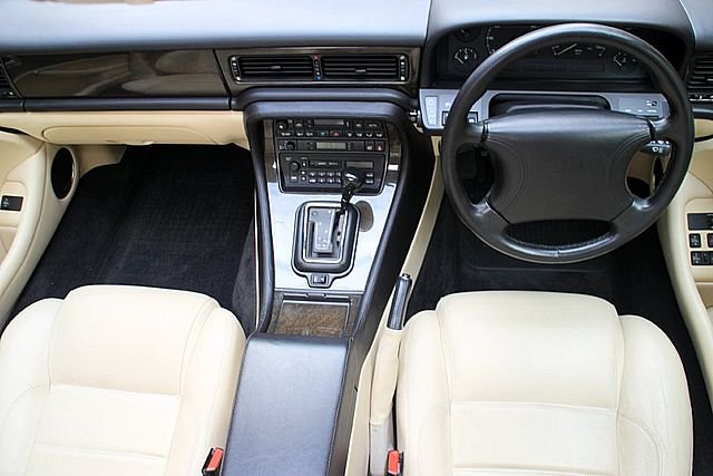 1996 Jaguar XJR (Only 67,000 Miles) For Sale (picture 4 of 6)