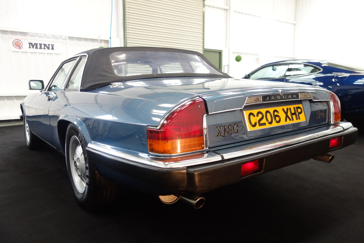 1985 Jaguar XJ-SC in lovely condition. Excellent history SOLD (picture 4 of 6)