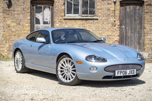 2006 Jaguar XKR Coupe 4.2 Auto - only 26,000 mls - on The Market
