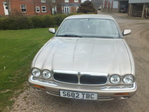 Amazing  1998 3.2 Auto XJ8 for year For Sale