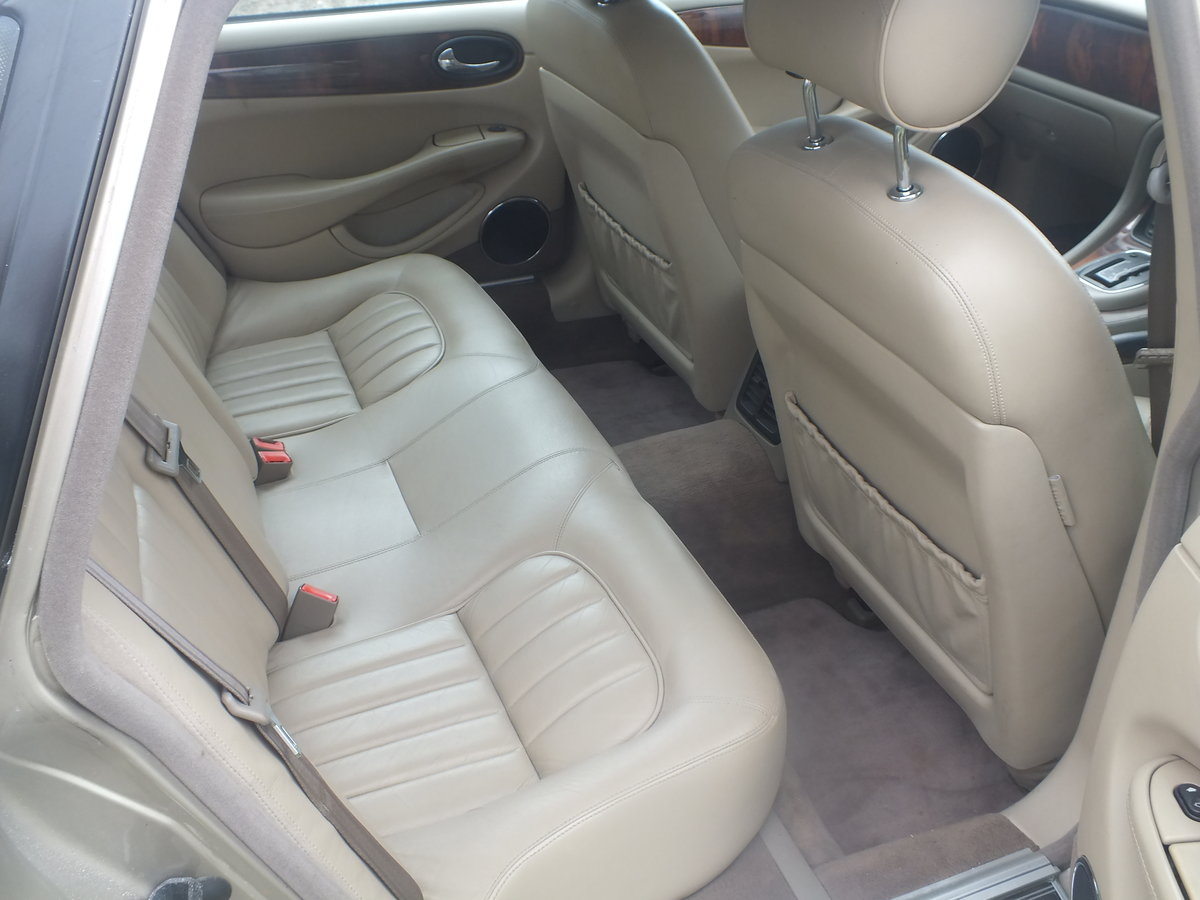 Amazing  1998 3.2 Auto XJ8 for year For Sale (picture 6 of 6)