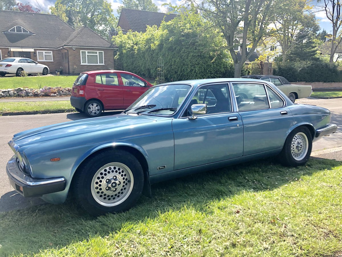 1984 Jaguar XJ6 magazine featured For Sale (picture 2 of 5)