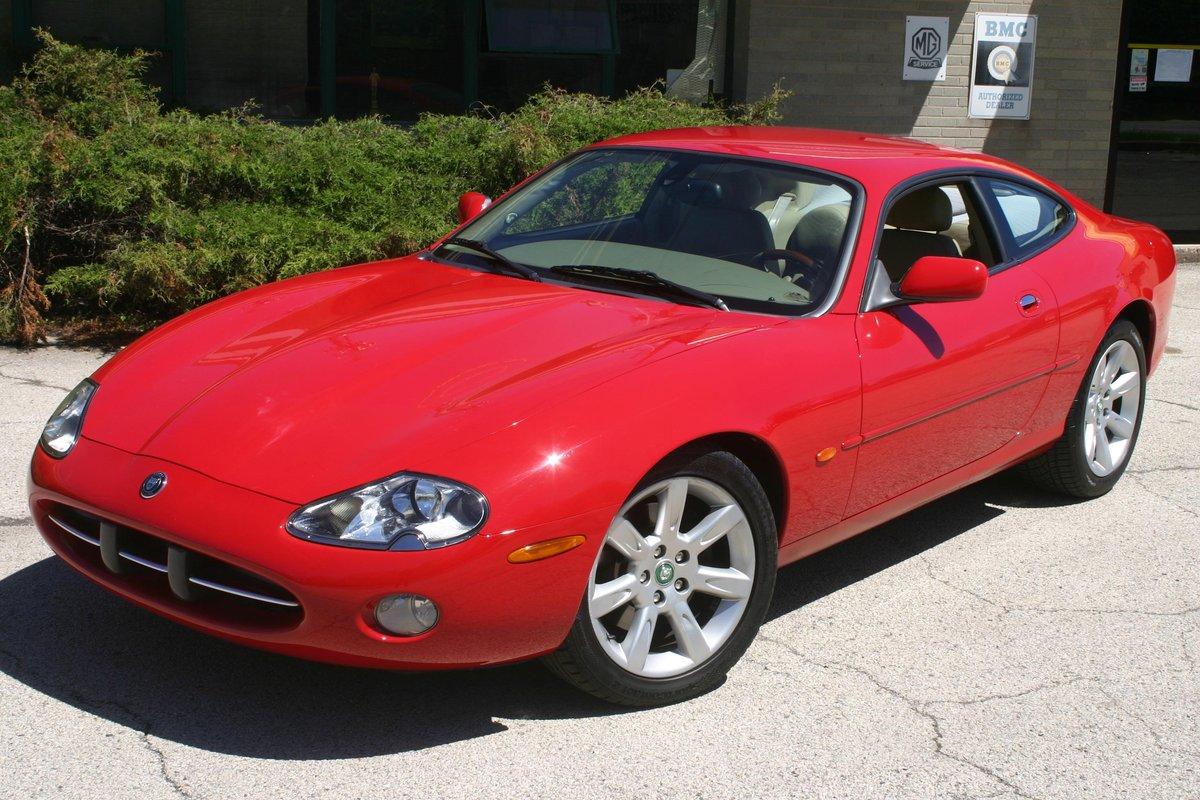 2003 Jaguar XK8 For Sale (picture 1 of 6)