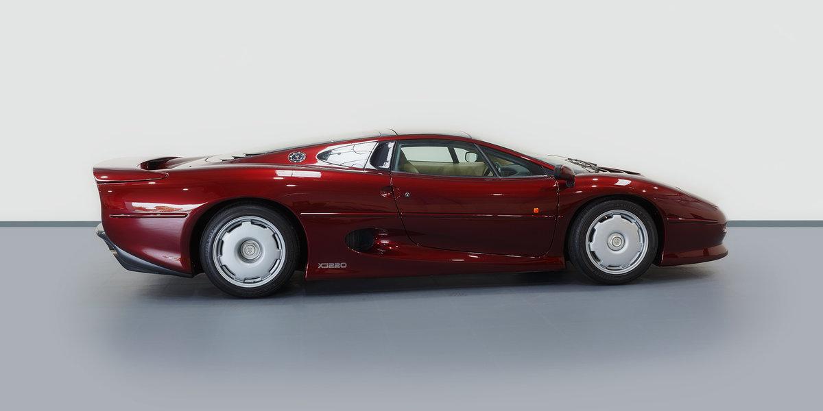 1992 Jaguar XJ220  For Sale (picture 1 of 6)