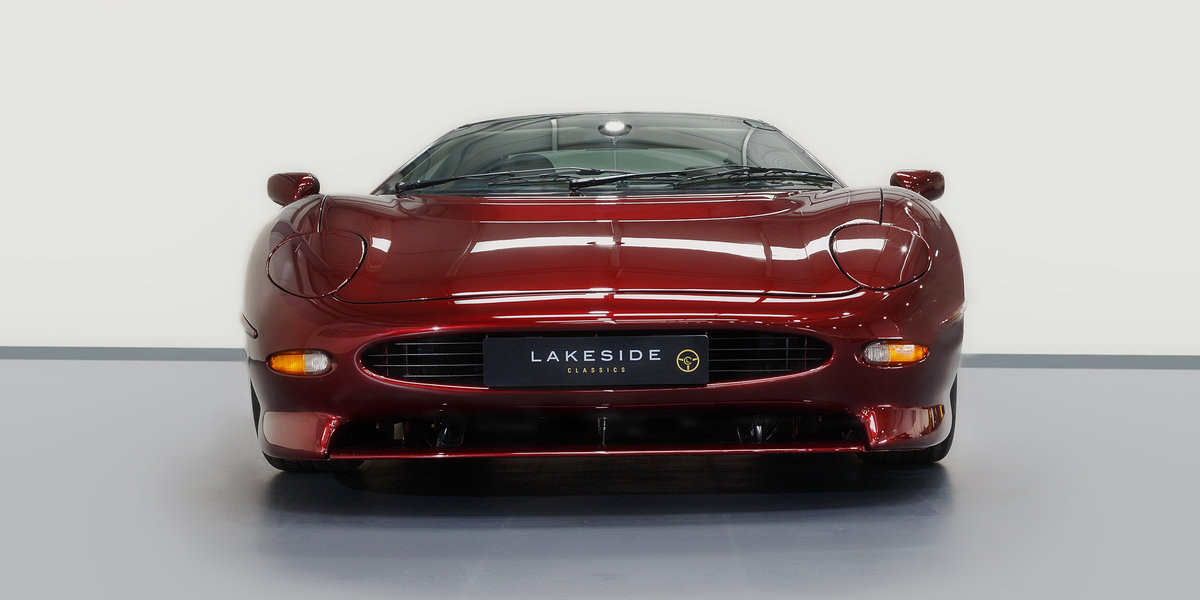 1992 Jaguar XJ220 For Sale (picture 2 of 6)