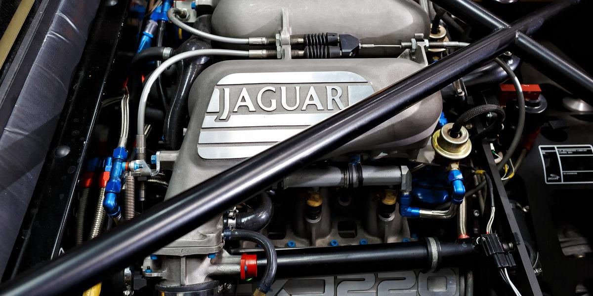 1992 Jaguar XJ220  For Sale (picture 6 of 6)