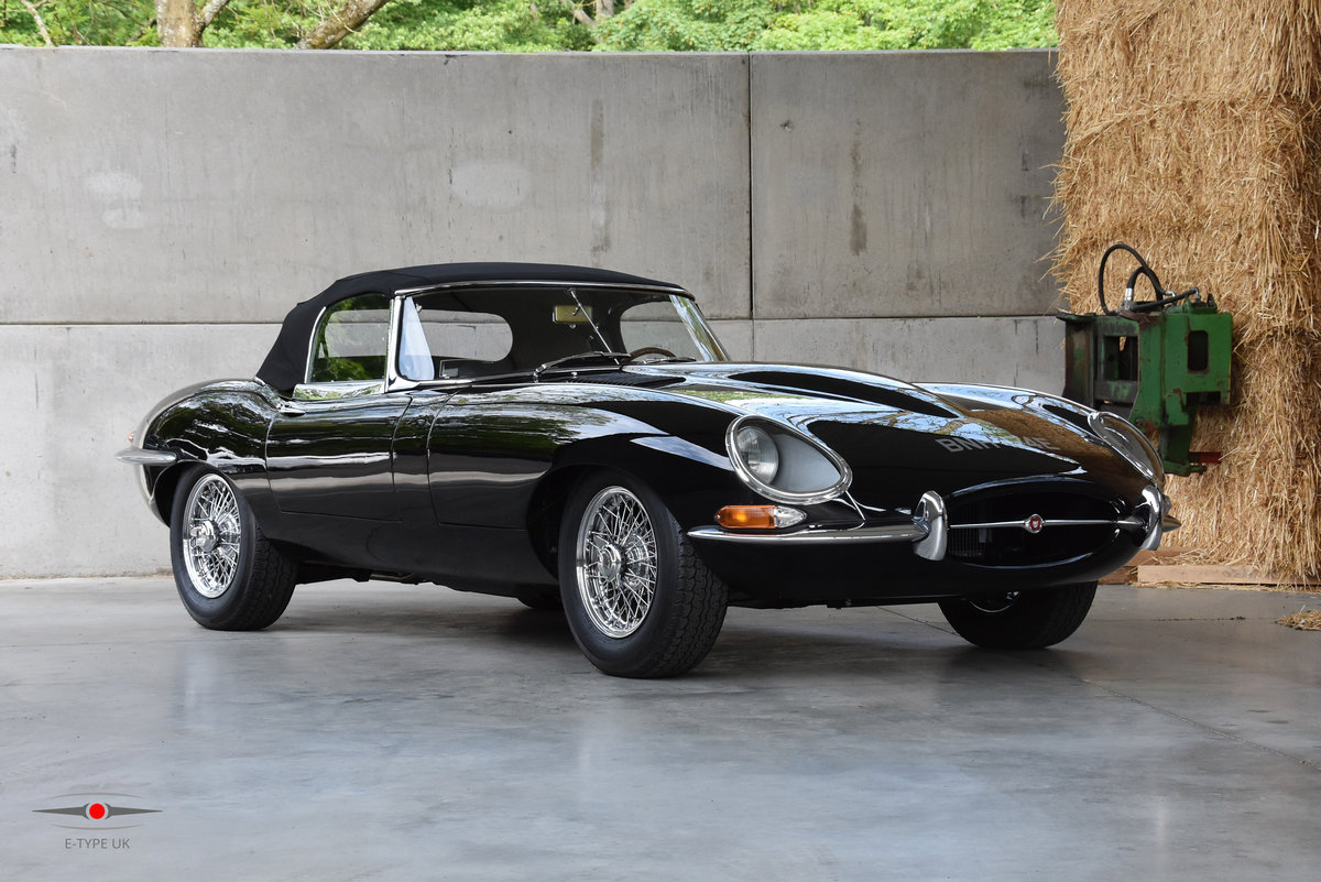 1964 Jaguar E-Type Series 1 4.2 Roadster For Sale (picture 1 of 6)