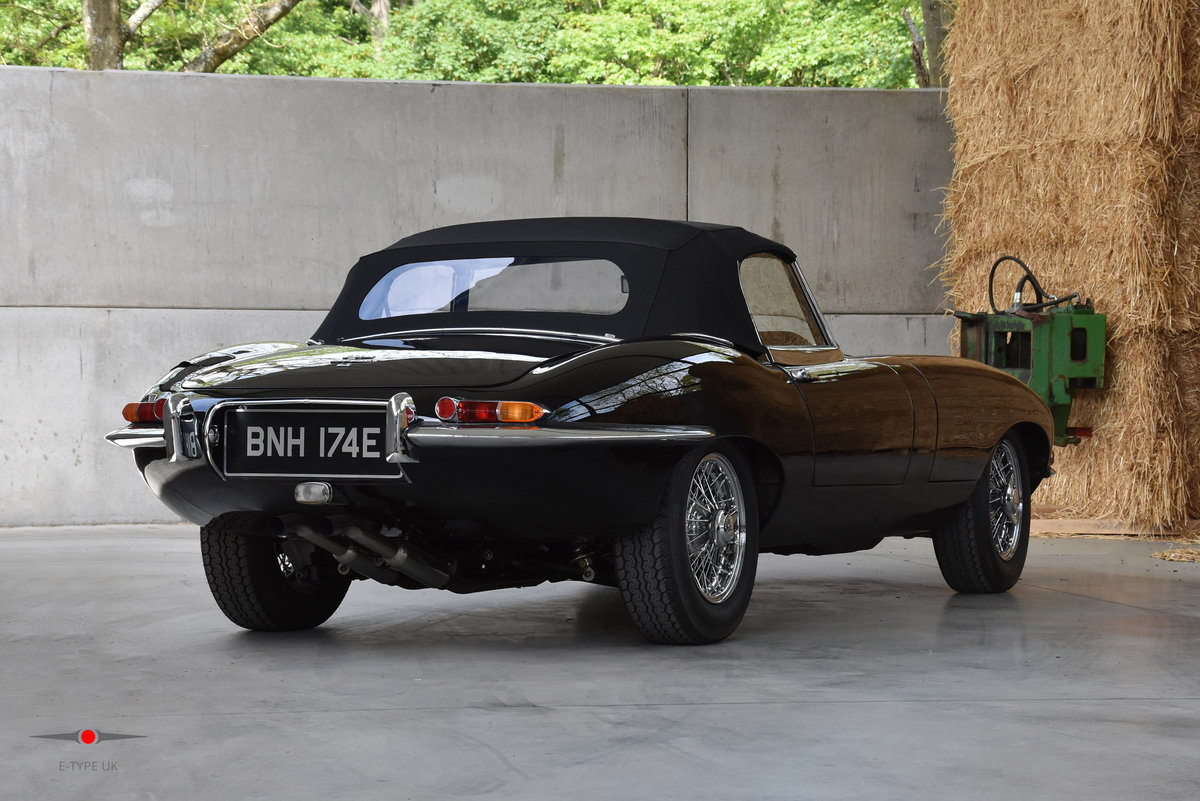 1964 Jaguar E-Type Series 1 4.2 Roadster For Sale (picture 2 of 6)