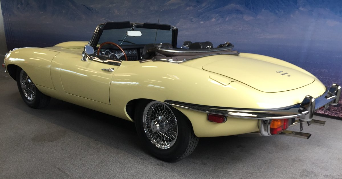1969 Jaguar E-Type 4.2 Roadster For Sale (picture 2 of 6)